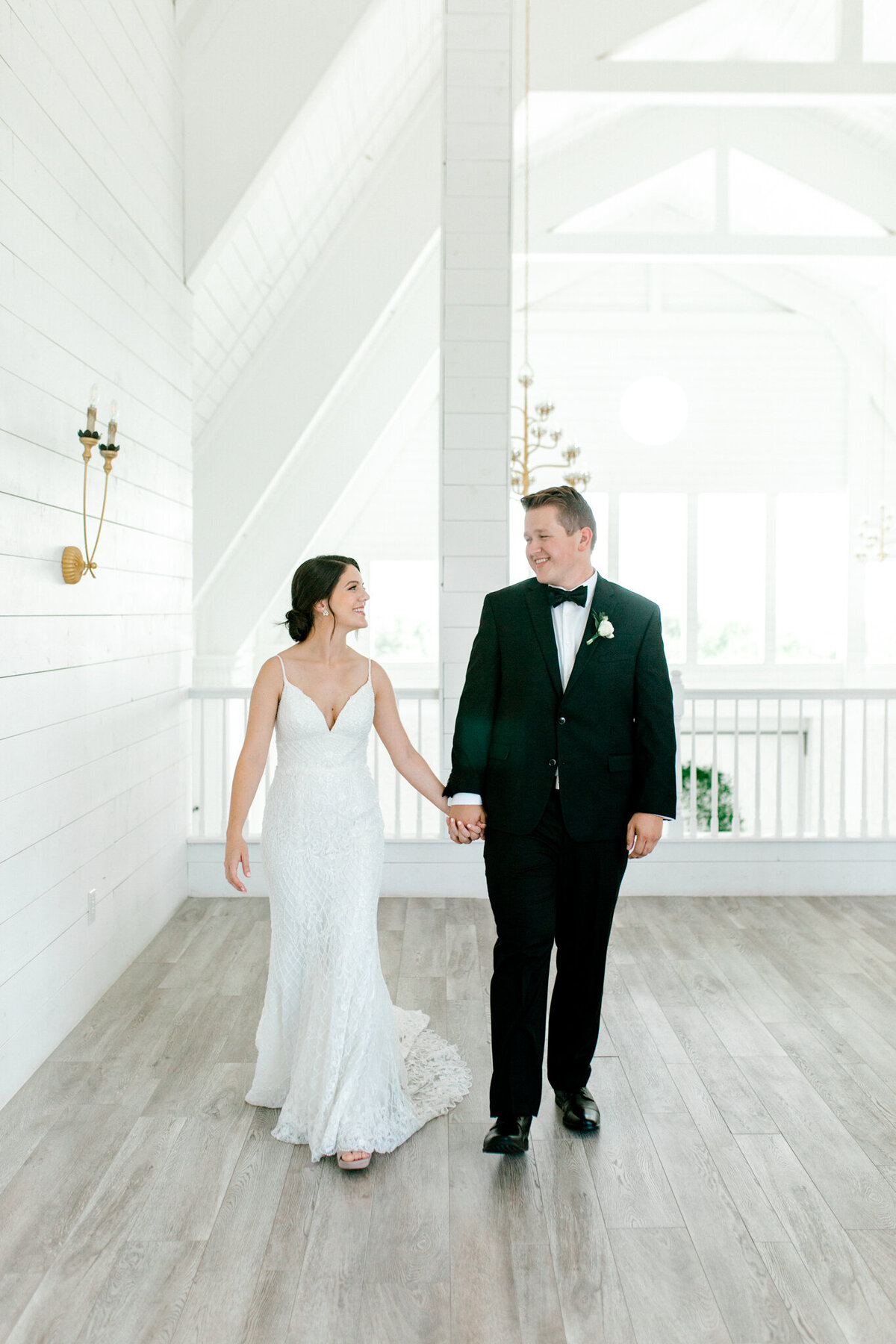 Anna & Billy's Wedding at The Nest at Ruth Farms | Dallas Wedding Photographer | Sami Kathryn Photography-99
