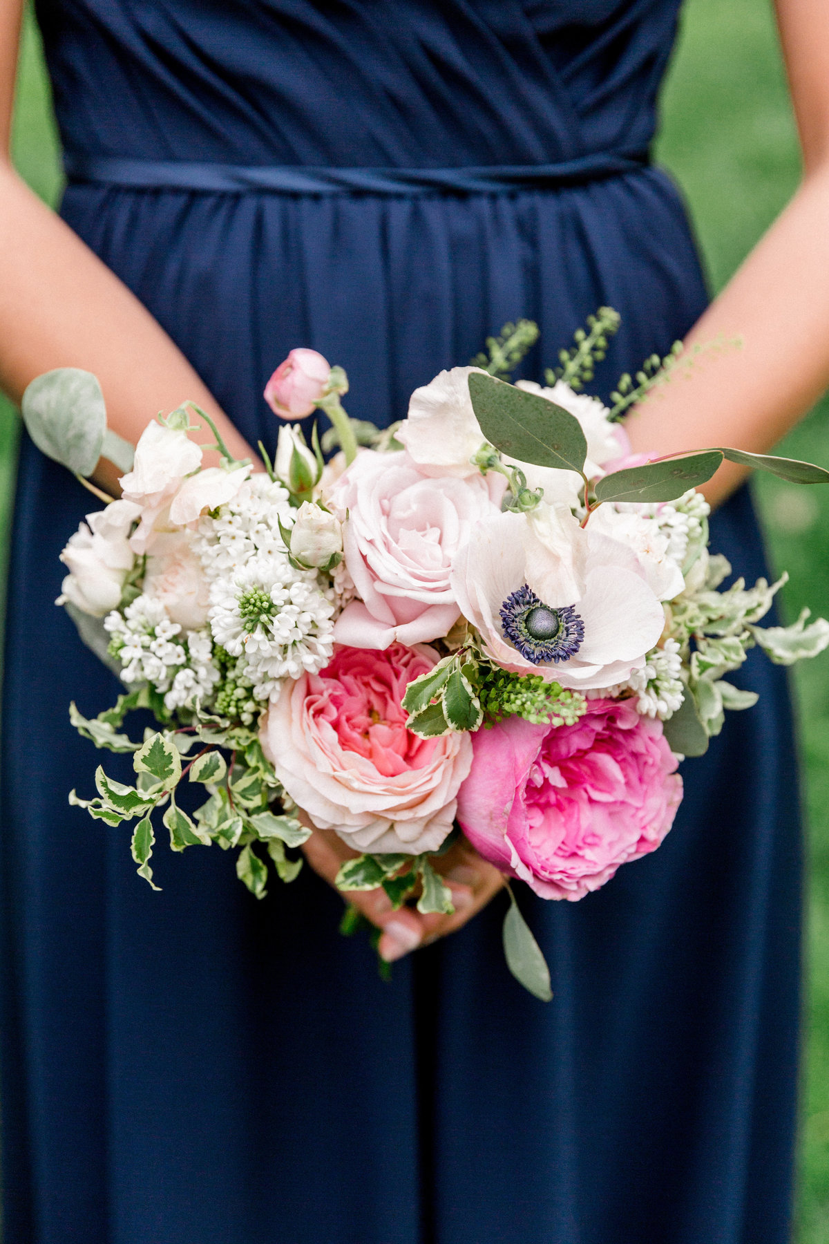 Wintherthur wedding spring bridesmaids bouquet