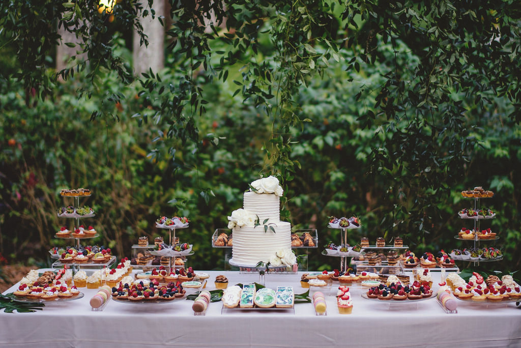 Cake & dessert table design