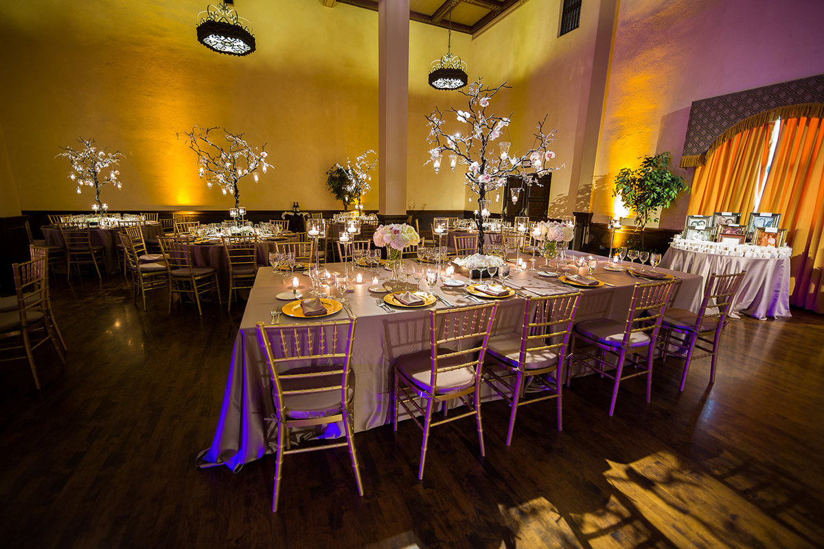Pardo wedding photos stunning tables with flowers