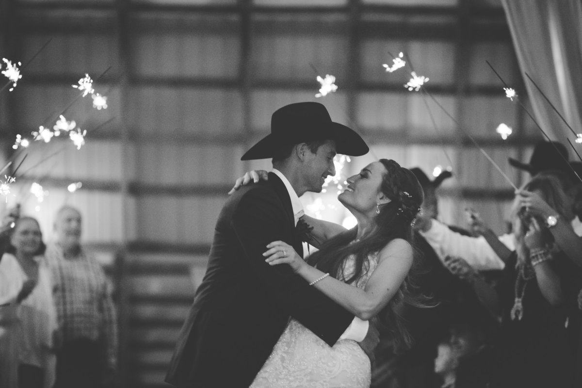 Nsshville Bride - Nashville Brides - The Hayloft Weddings - Tennessee Brides - Kentucky Brides - Southern Brides - Cowboys Wife - Cowboys Bride - Ranch Weddings - Cowboys and Belles167