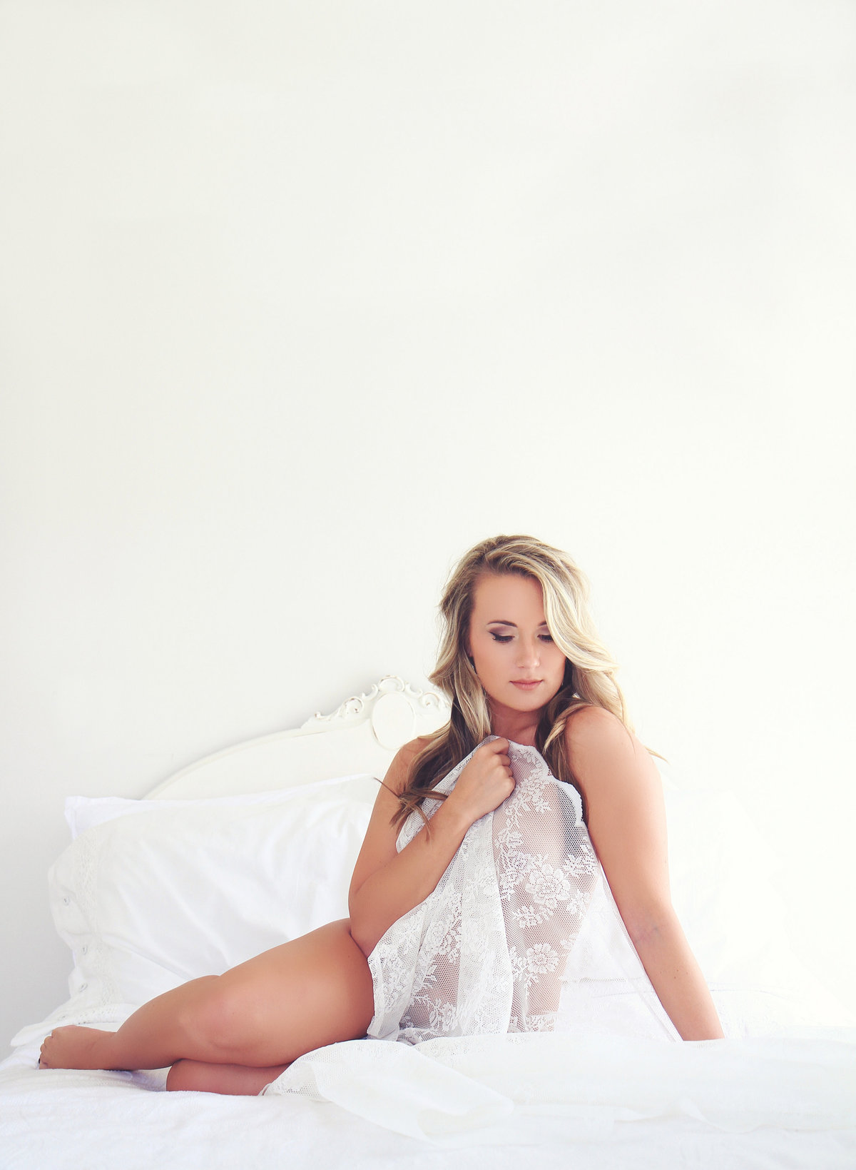 fine art boudoir photographer