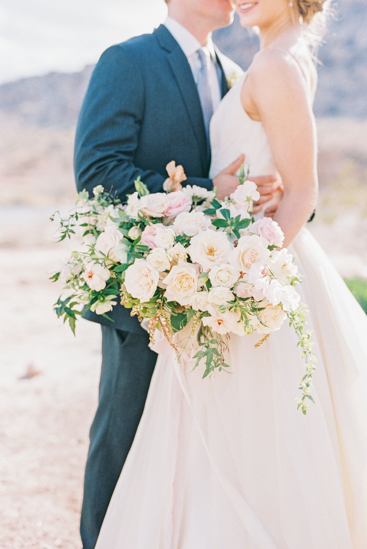 california-desert-elopement-photos7