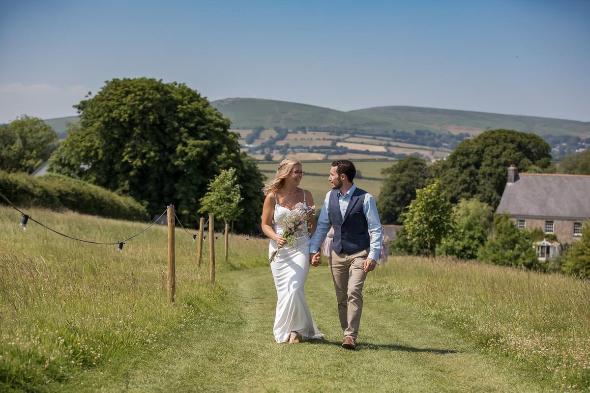 Couple just married at Dunwell Farm wedding in Devon