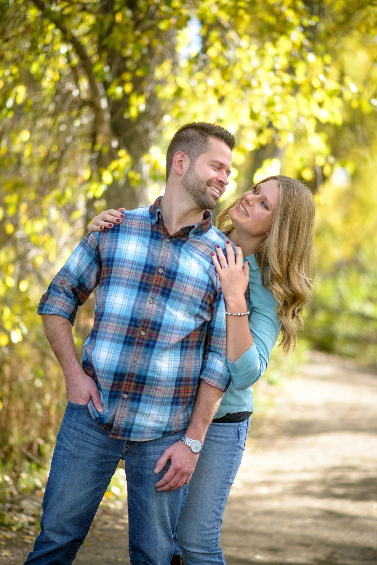Engagement Photo session at Bobolink Trail