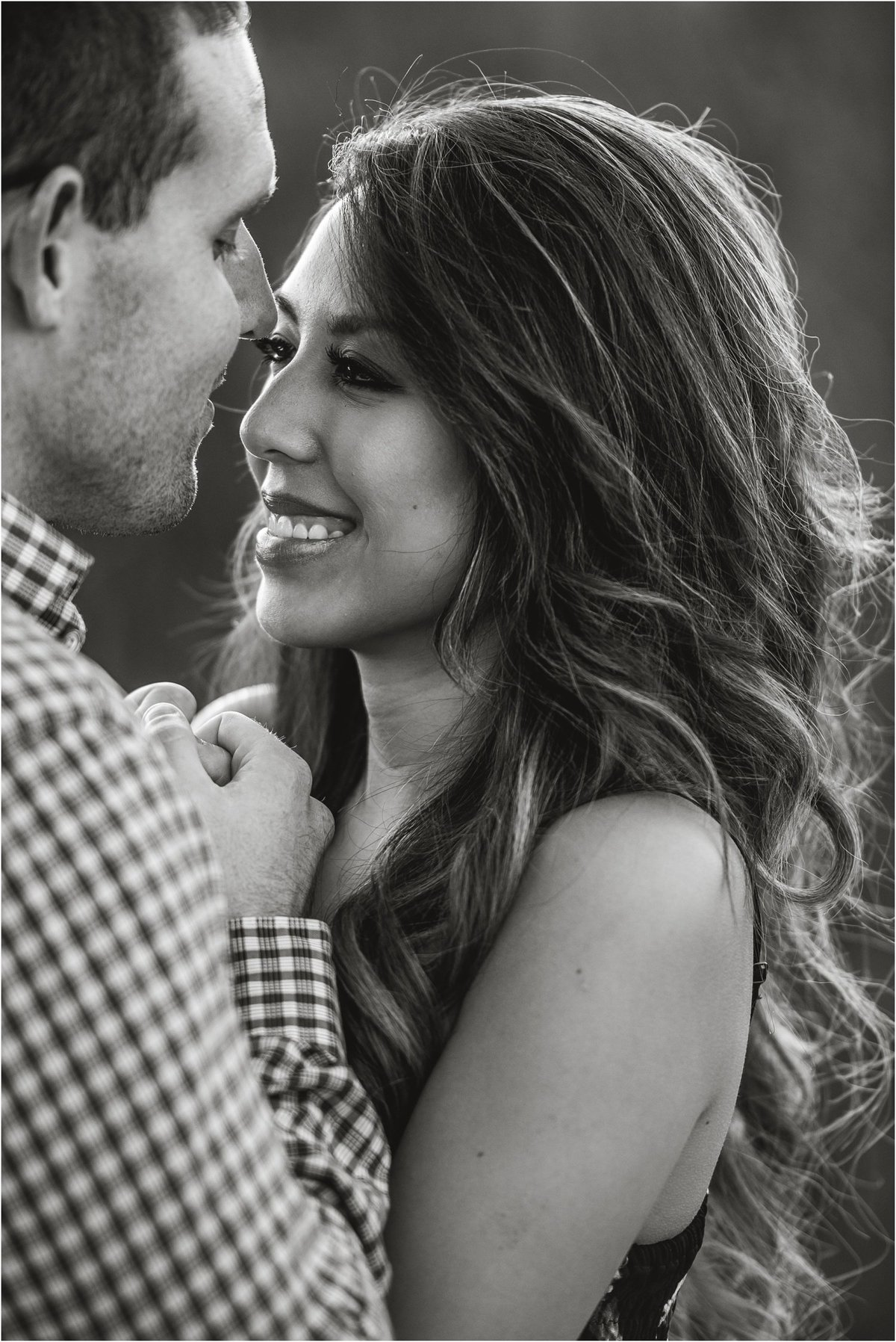 golden-hour-engagement-session_1256