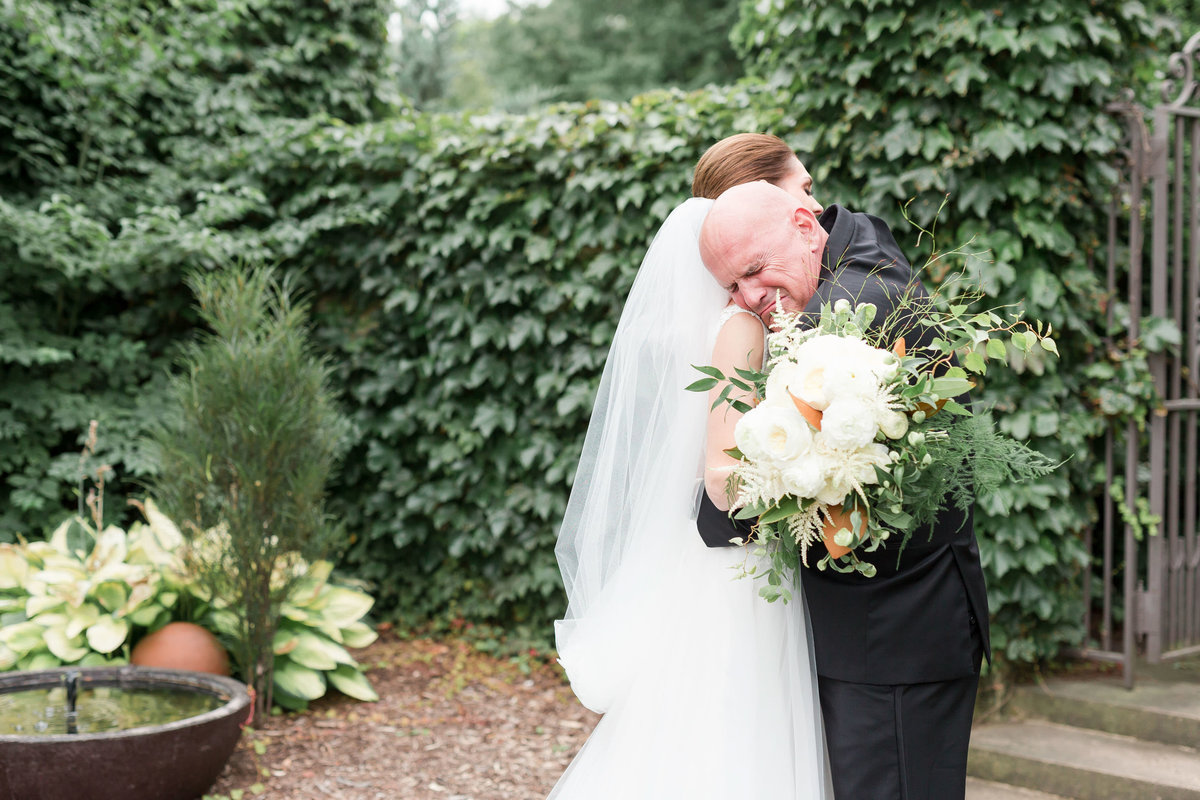 Maison Meredith Photography Wisconsin Wedding Photographer Real Wedding One 016