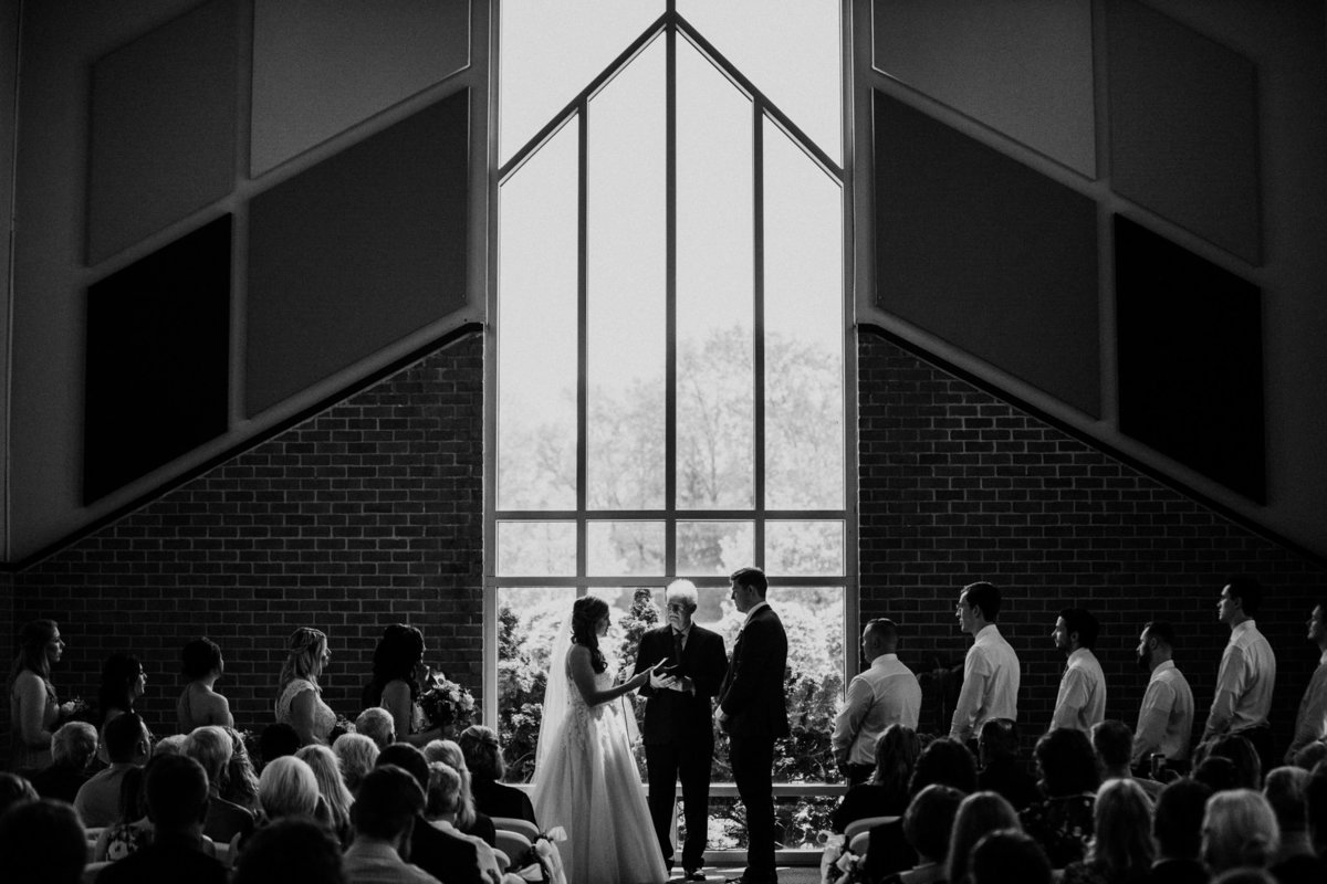 grand rapids wedding photographer http---www.chrystinmelaniephotography.com (22 of 22)