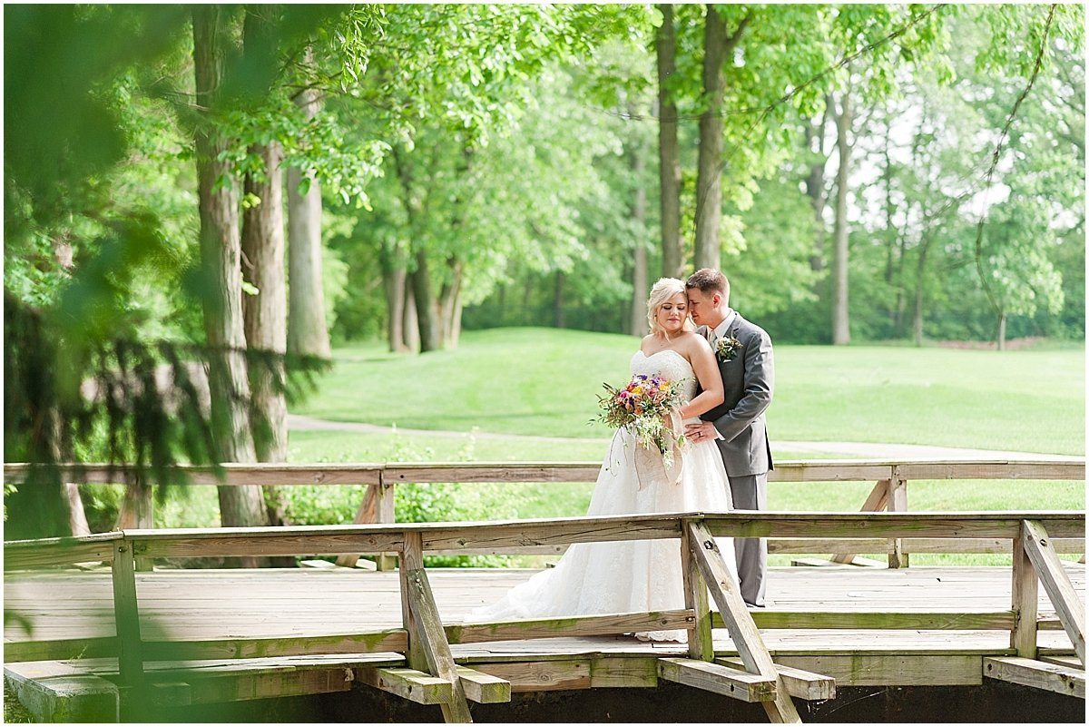 Elegant Heritage Golf Club wedding in Hilliard Ohio Outdoor Wedding Pipers Photography_0062