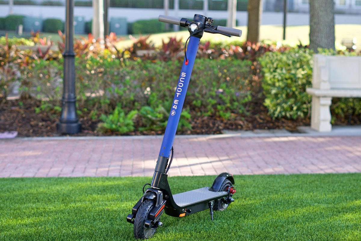 Blue Scoot E-4 on Green Grass; V&D Electric Bikes