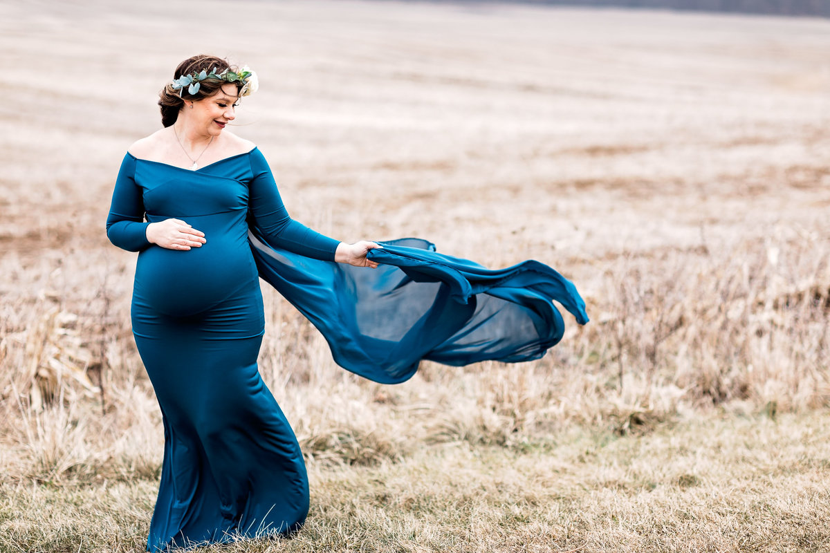 grand rapids maternity photographer http---www.chrystinmelaniephotography.com (3 of 9)