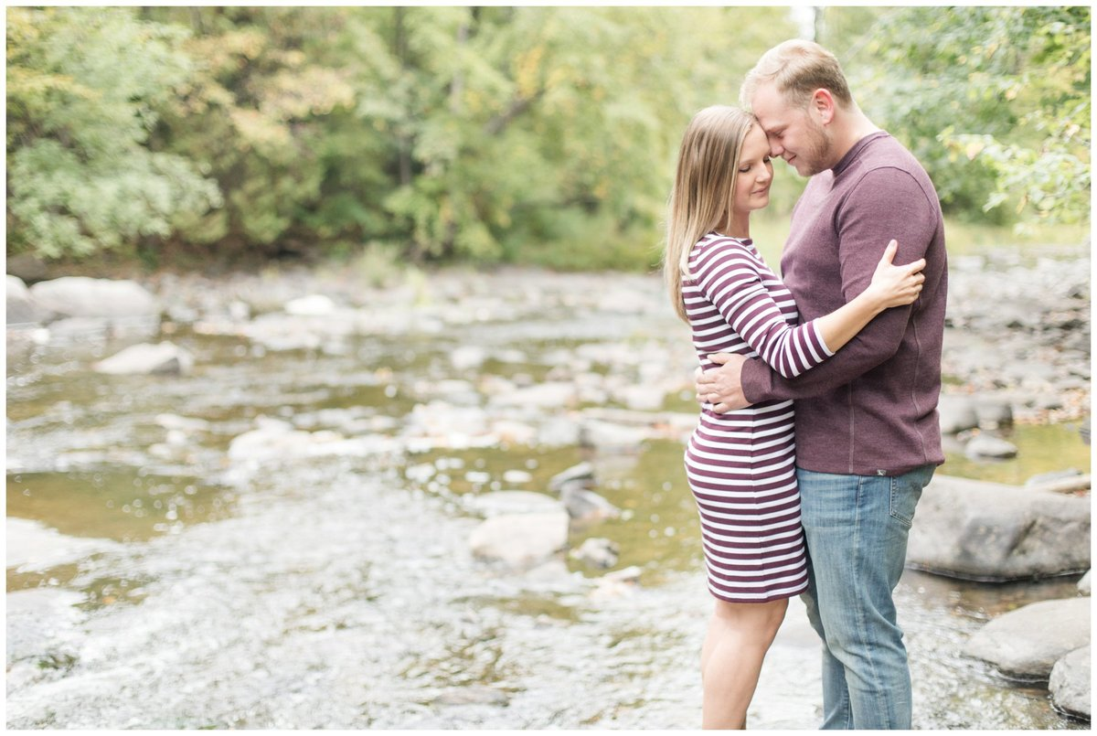 Light-and-Airy-Ottawa-Wedding-Photographer-Fall-Alamonte-River-Engagement