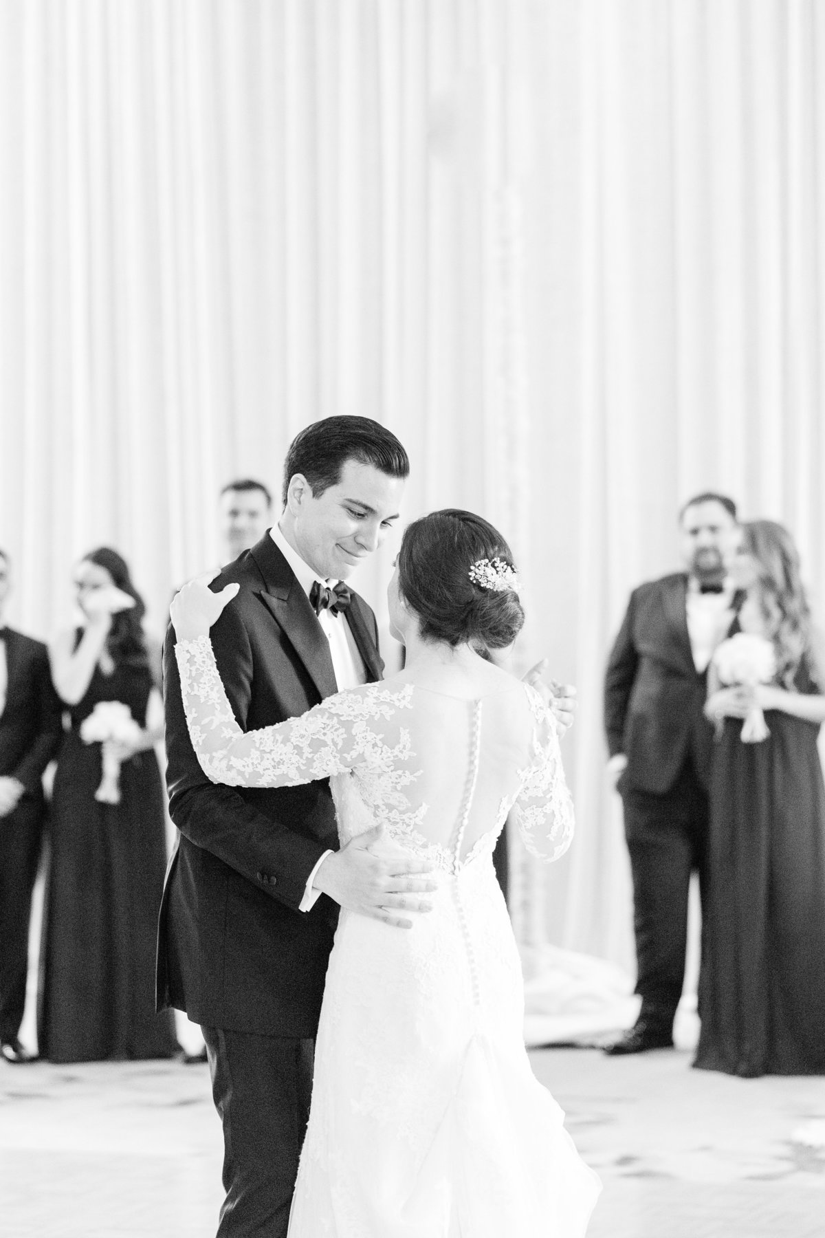 orlando-Florida-estate-wedding-first-dance-chris-sosa-photography-2