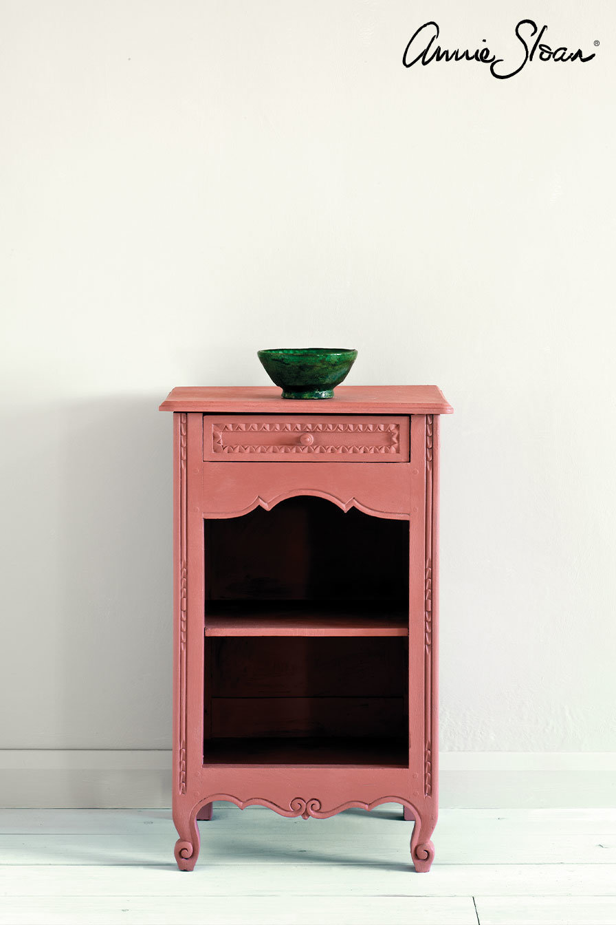 Scandinavian-Pink-side-table-Tacit-in-French-Linen-curtain-Linen-Union-in-Coco-Duck-Egg-Blue-lampshade-72dpi-image-1