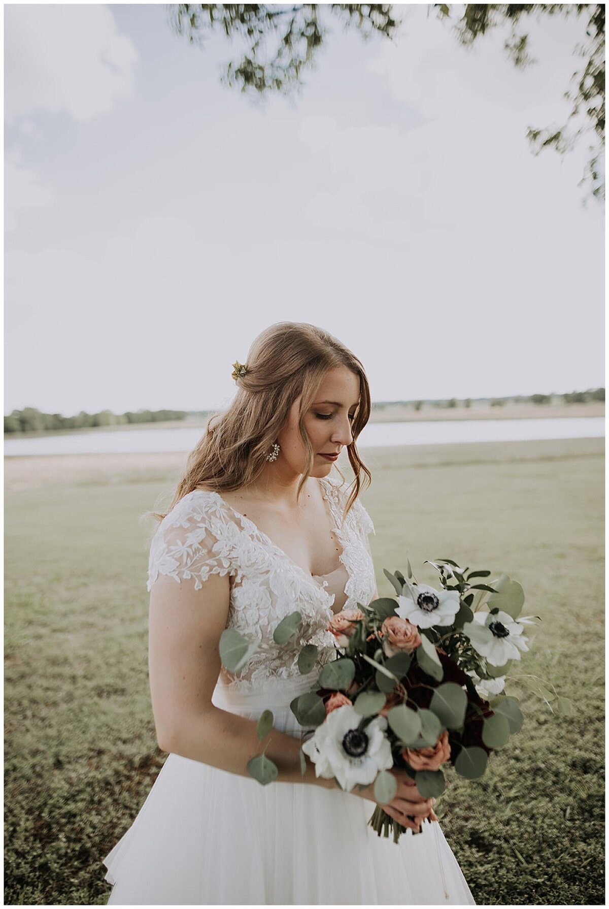 Modern Farmhouse Wedding with Organic details at Emery's Buffalo Creek - Houston Wedding Venue_0623