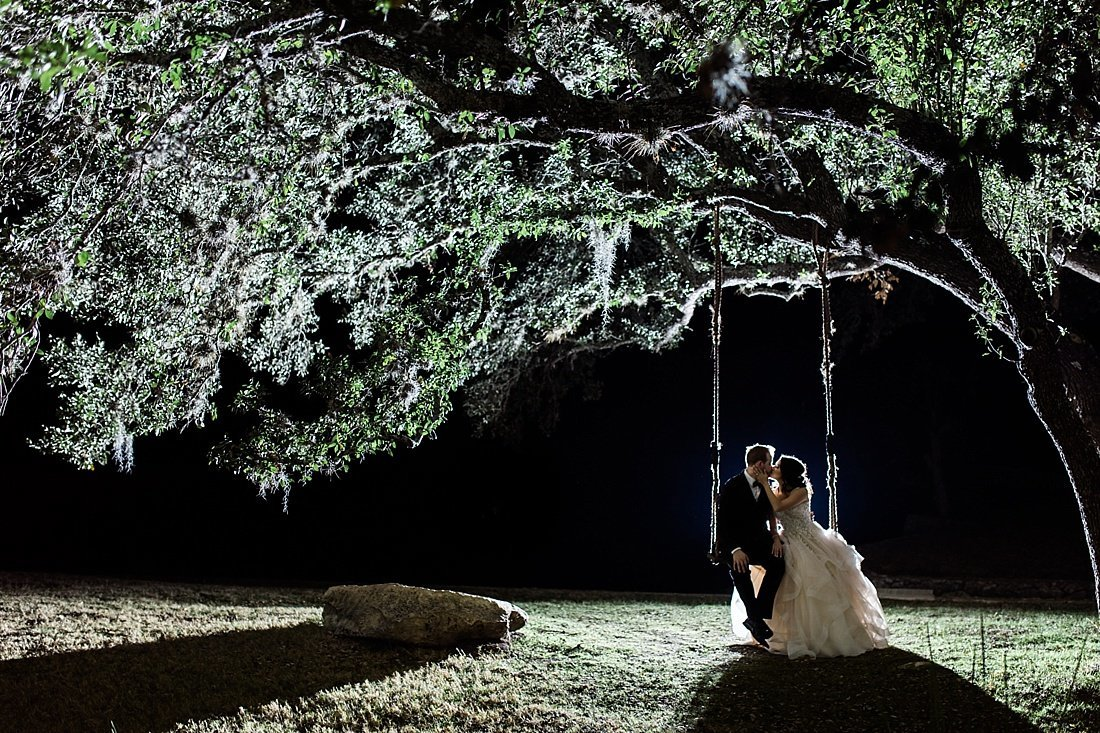 Kendall Plantation Wedding Venue Photos by Boerne Wedding Photographer Allison Jeffers_0211