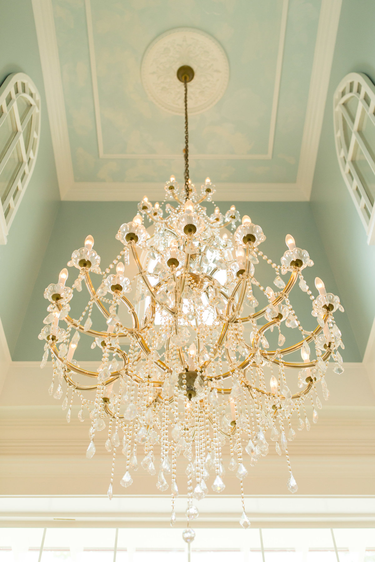 large chandelier in savannah at a wedding