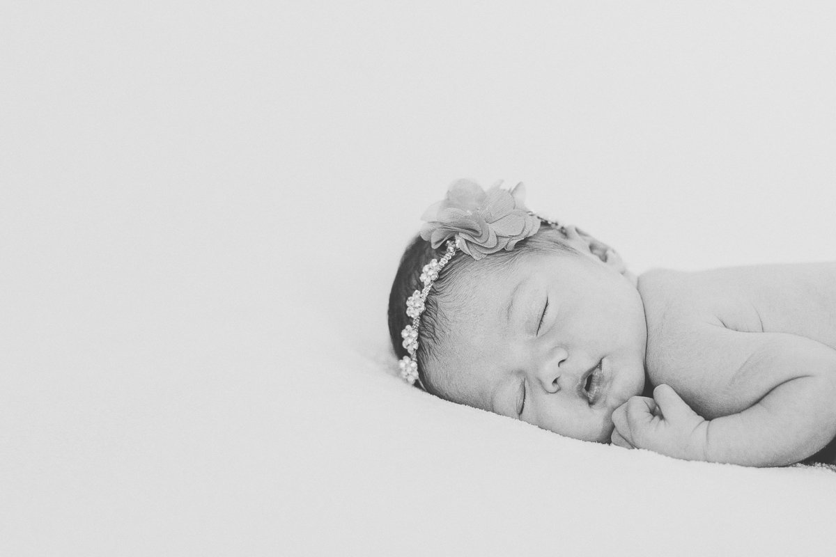 newborn-baby-girl-SHphotography-10