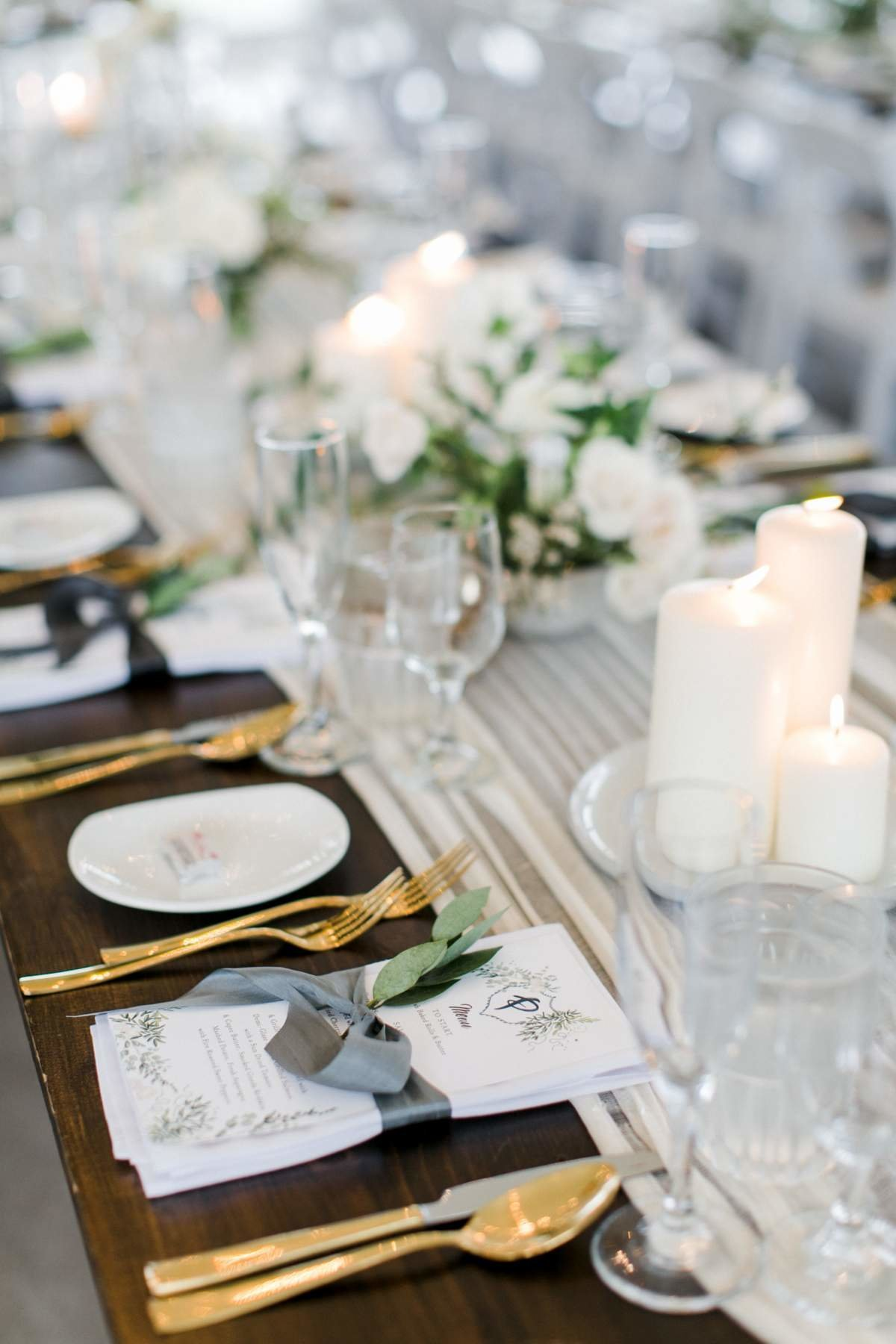white-and-gold-wedding-at-aurora-cellars