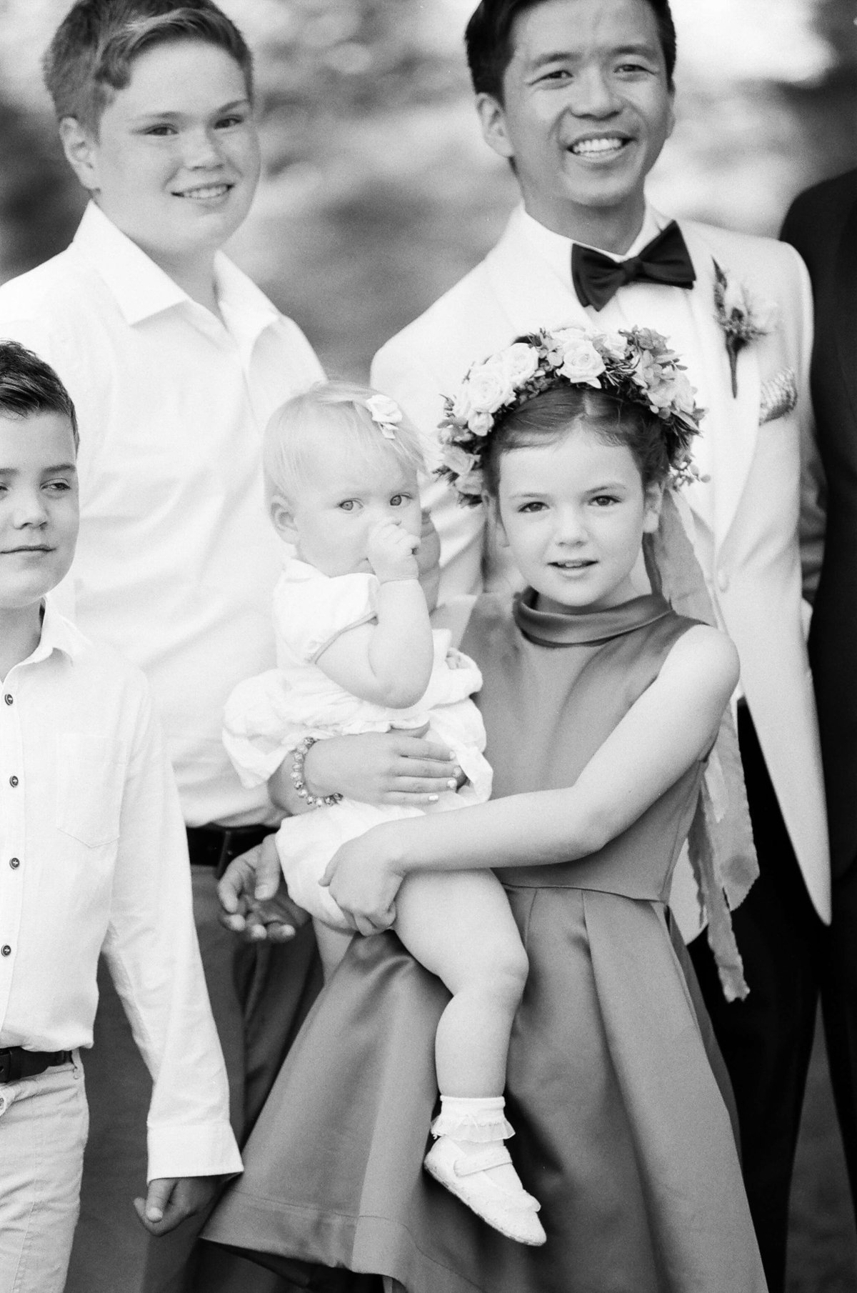 28-KTMerry-wedding-photography-family-portrait-blackandwhite