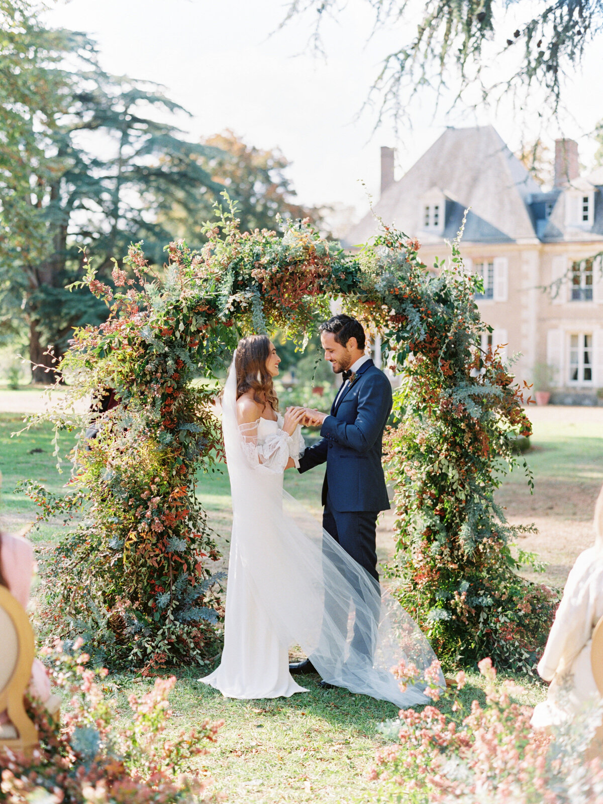 chateau-bouthonvilliers-wedding-paris-wedding-photographer-mackenzie-reiter-photography-72