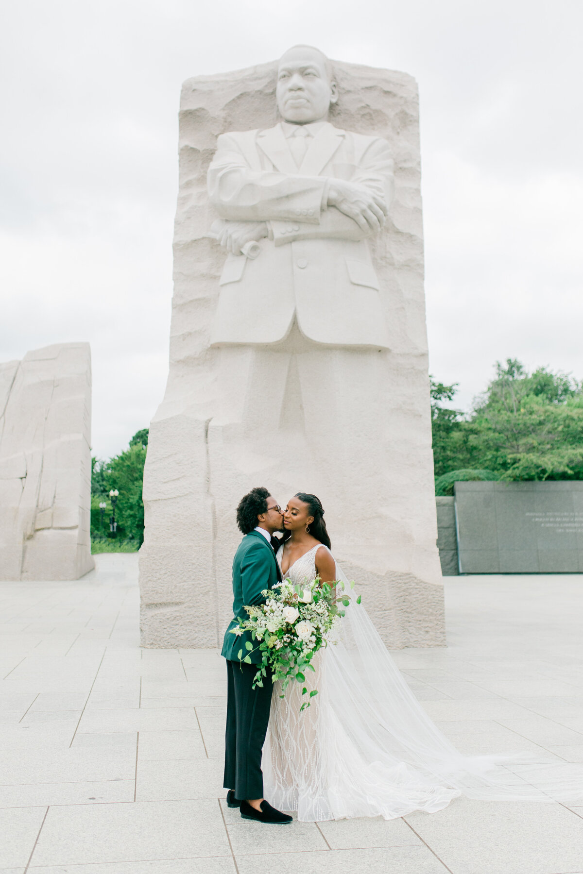 Solomon_Tkeyah_Micro_COVID_Wedding_Washington_DC_War_Memorial_MLK_Memorial_Linoln_Memorial_Angelika_Johns_Photography-4890