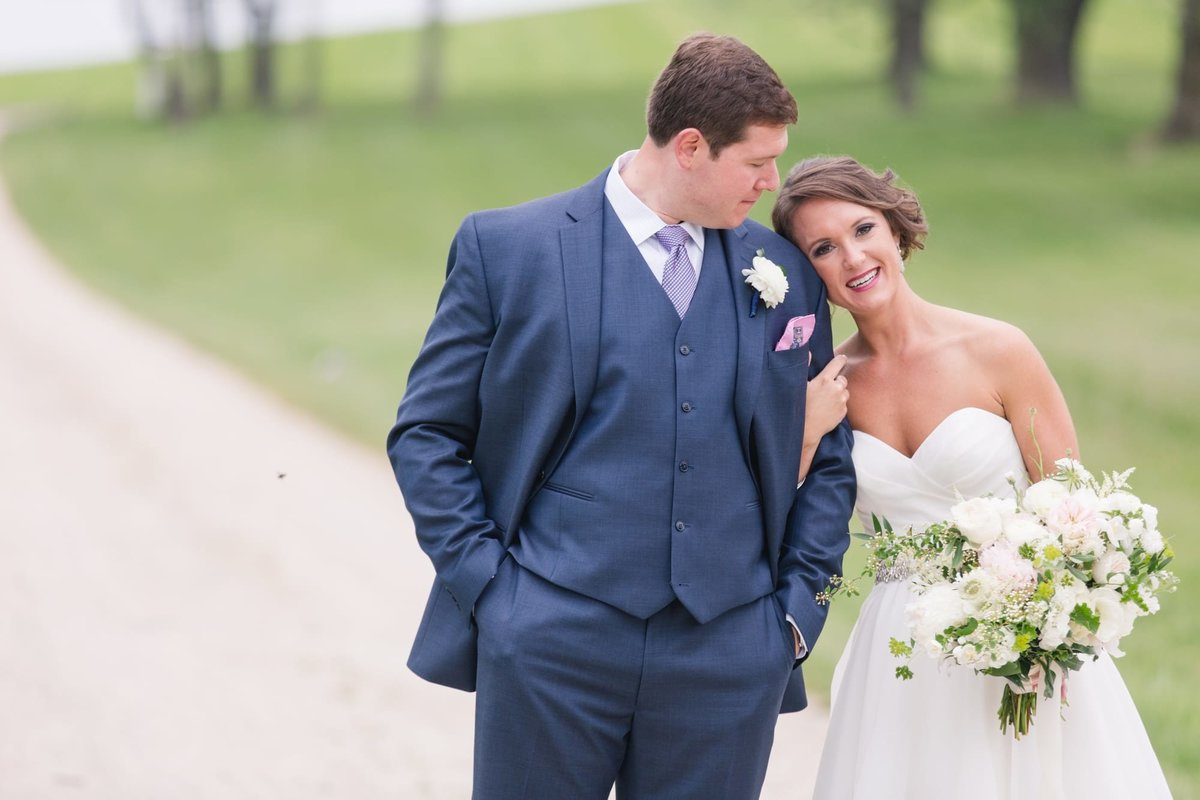 outdoor-maryland-wedding-photos_113