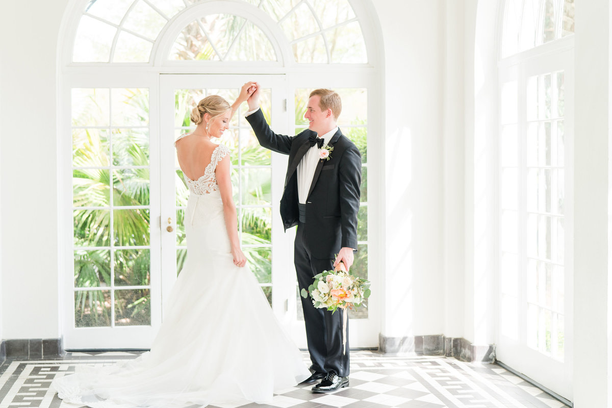 Kate Dye Photography Wedding Engagement Lifestyle Charleston South Carolina Photographer Bright Airy Colorful1
