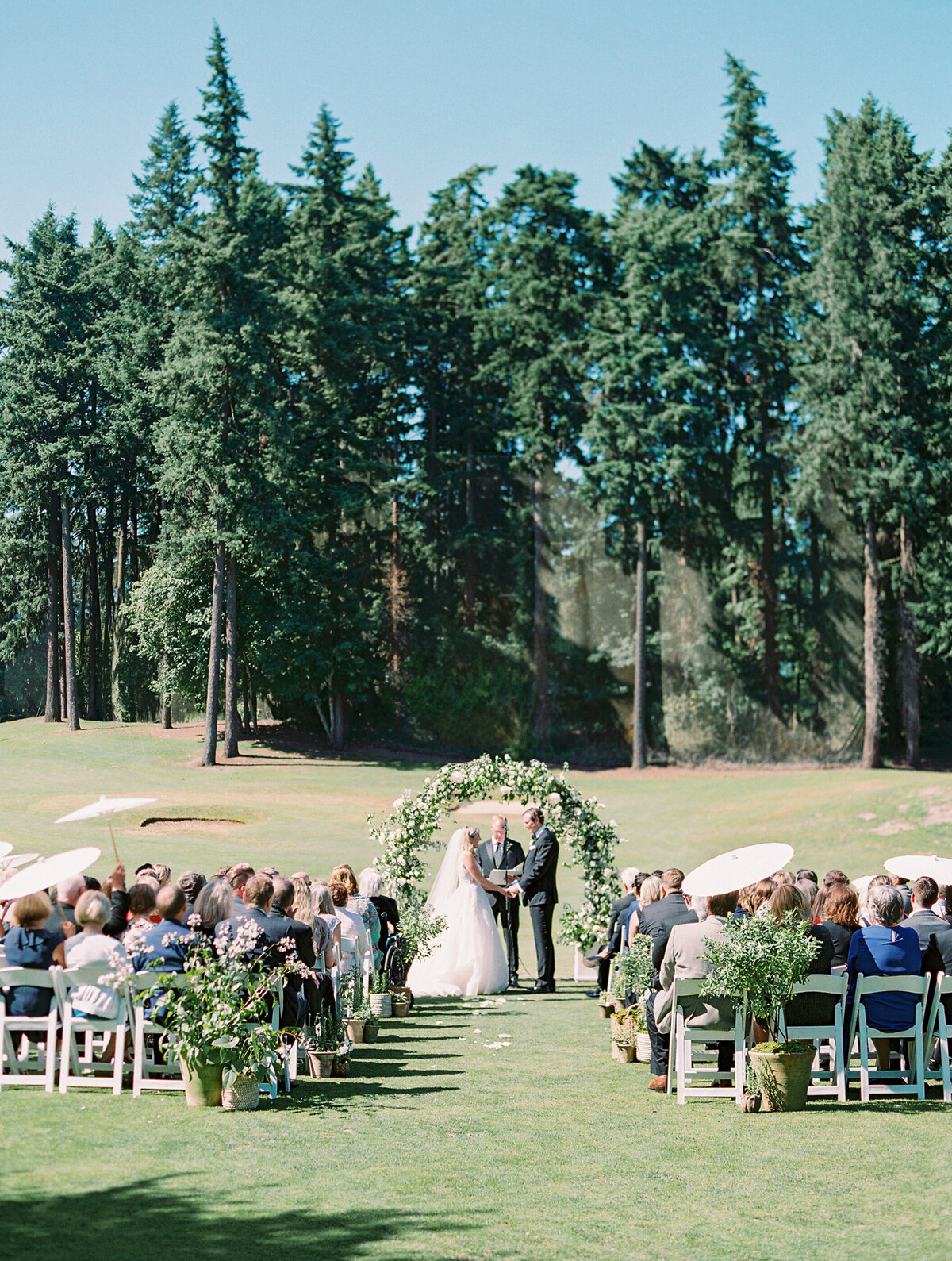 oswego-lake-country-club-wedding-23
