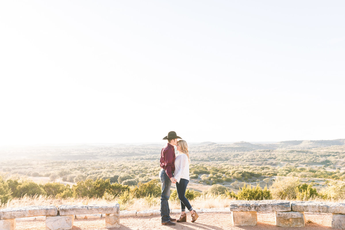 Engagement-Session-At-Family-Ranch-Boerne-0015