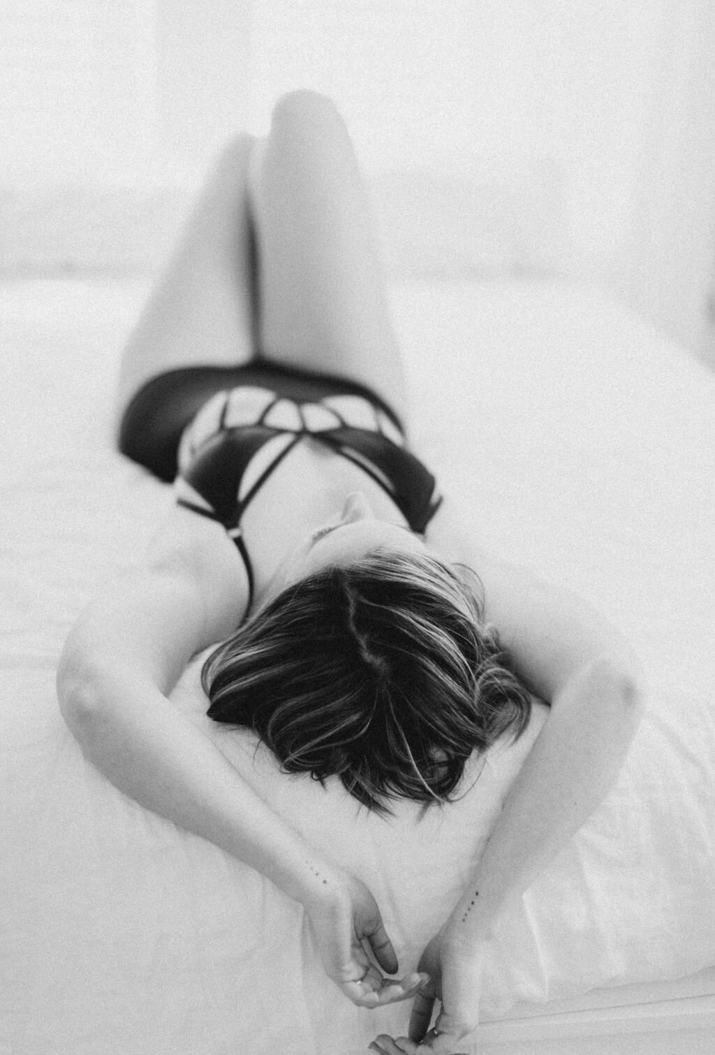 audra-jones-photography-carly-boudoir-charlottesville-51