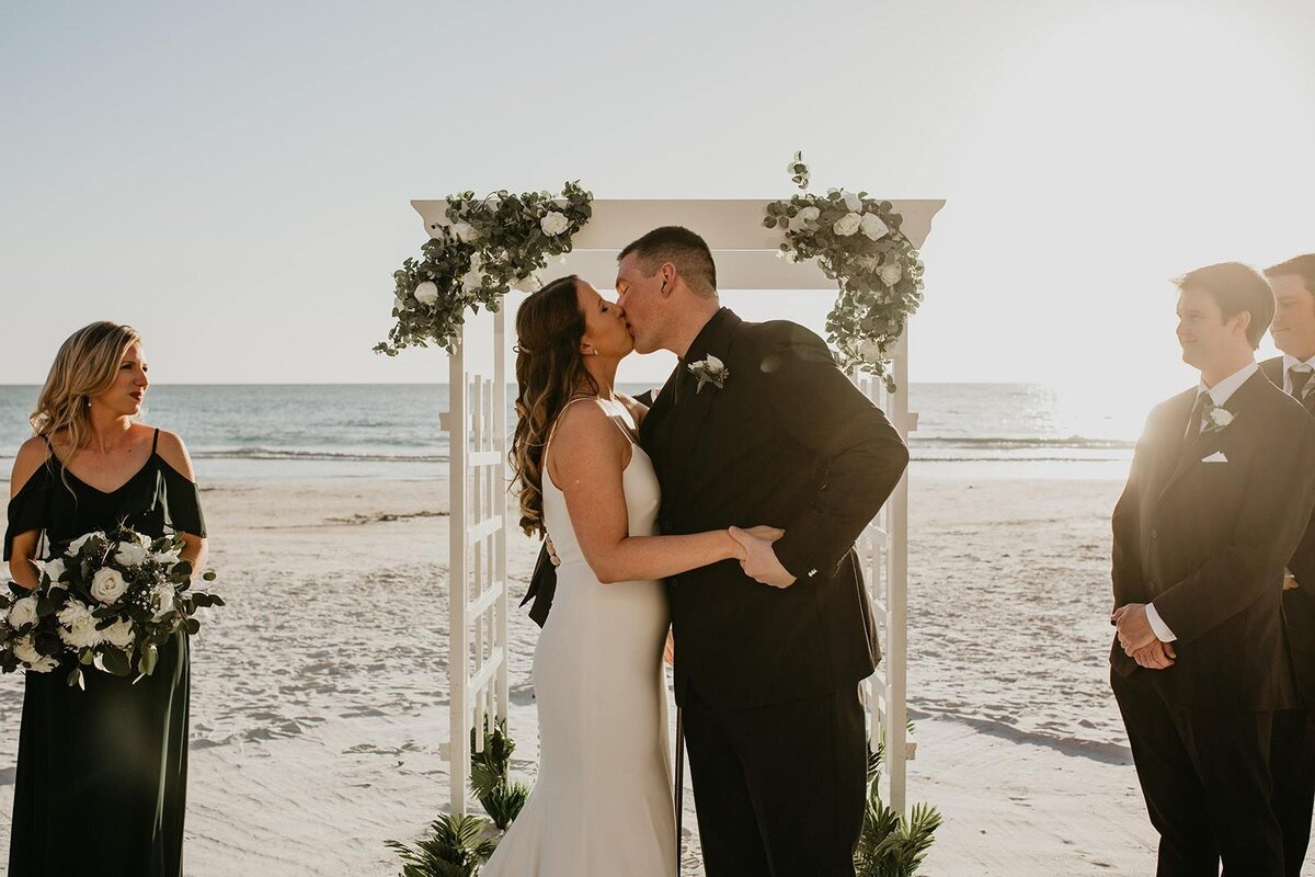 Double Tree North Redington Beach Florida-Wedding-Brittany and Bruce397