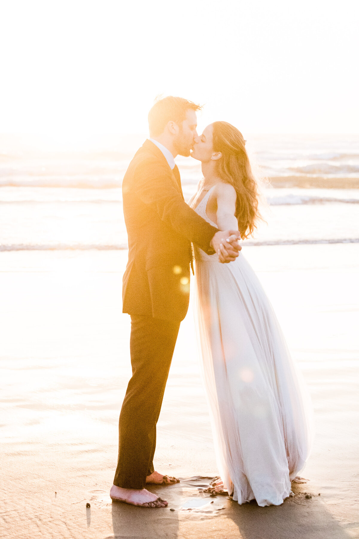 Cannon-Beach-Elopement-Photographer-70