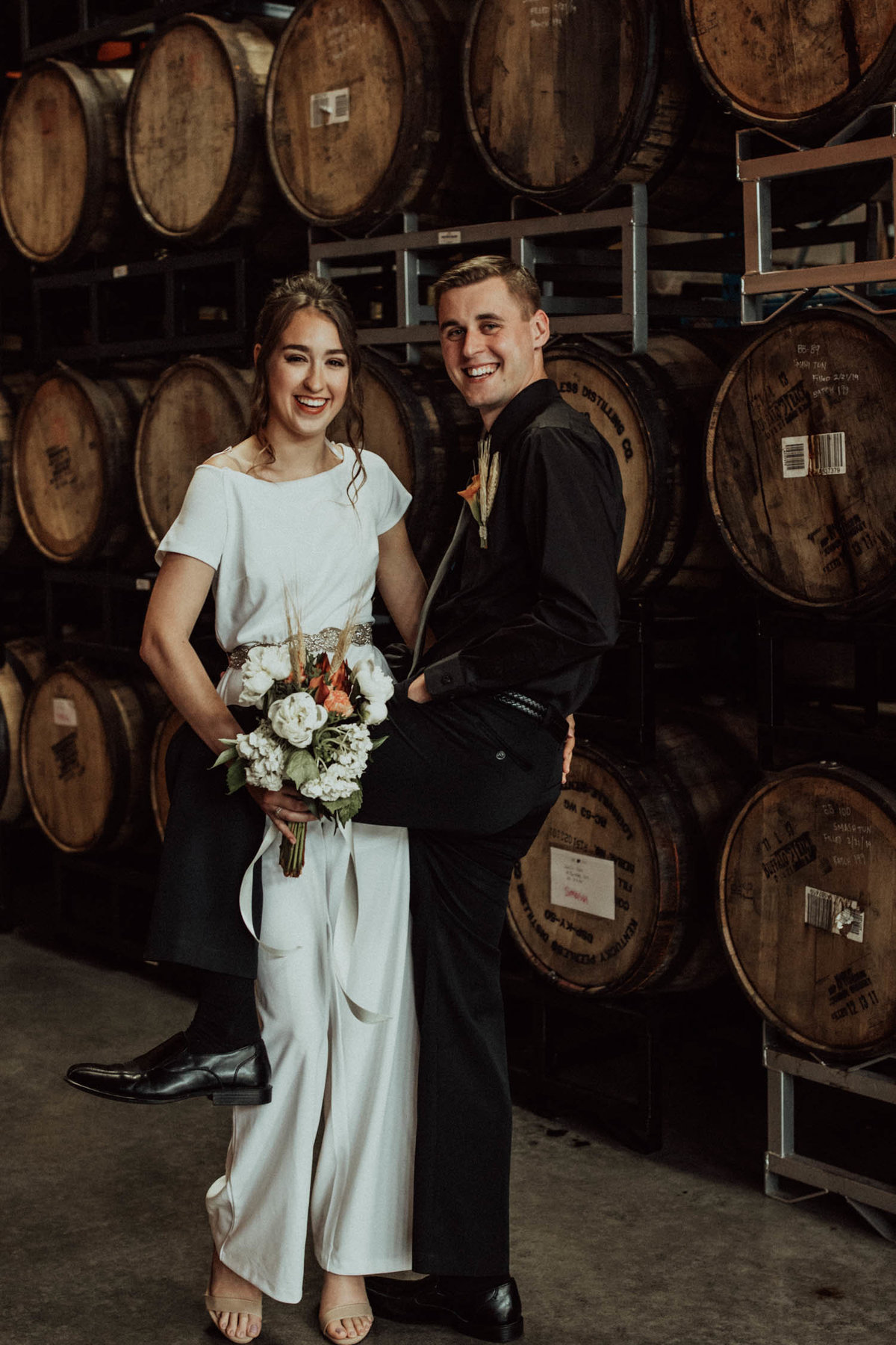 wedding-barrels-brewery-elopement-chicago-il-14