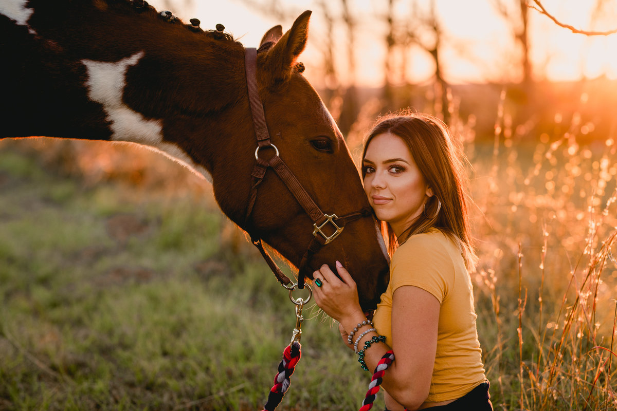 Intimate photo of girl and her horse in Florida.
