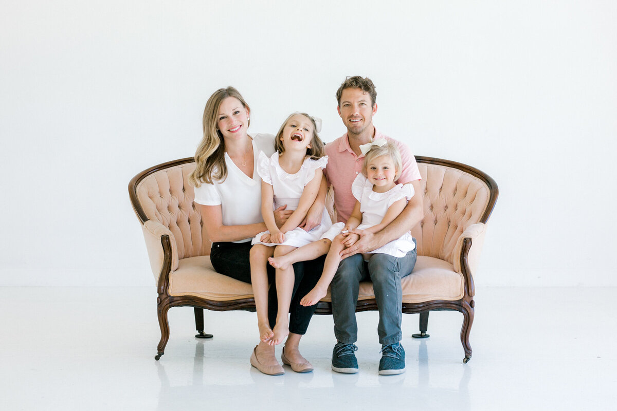 Lumen Room Heirloom Family Shoot | Sami Kathryn Photography | Dallas Portrait Photographer-104