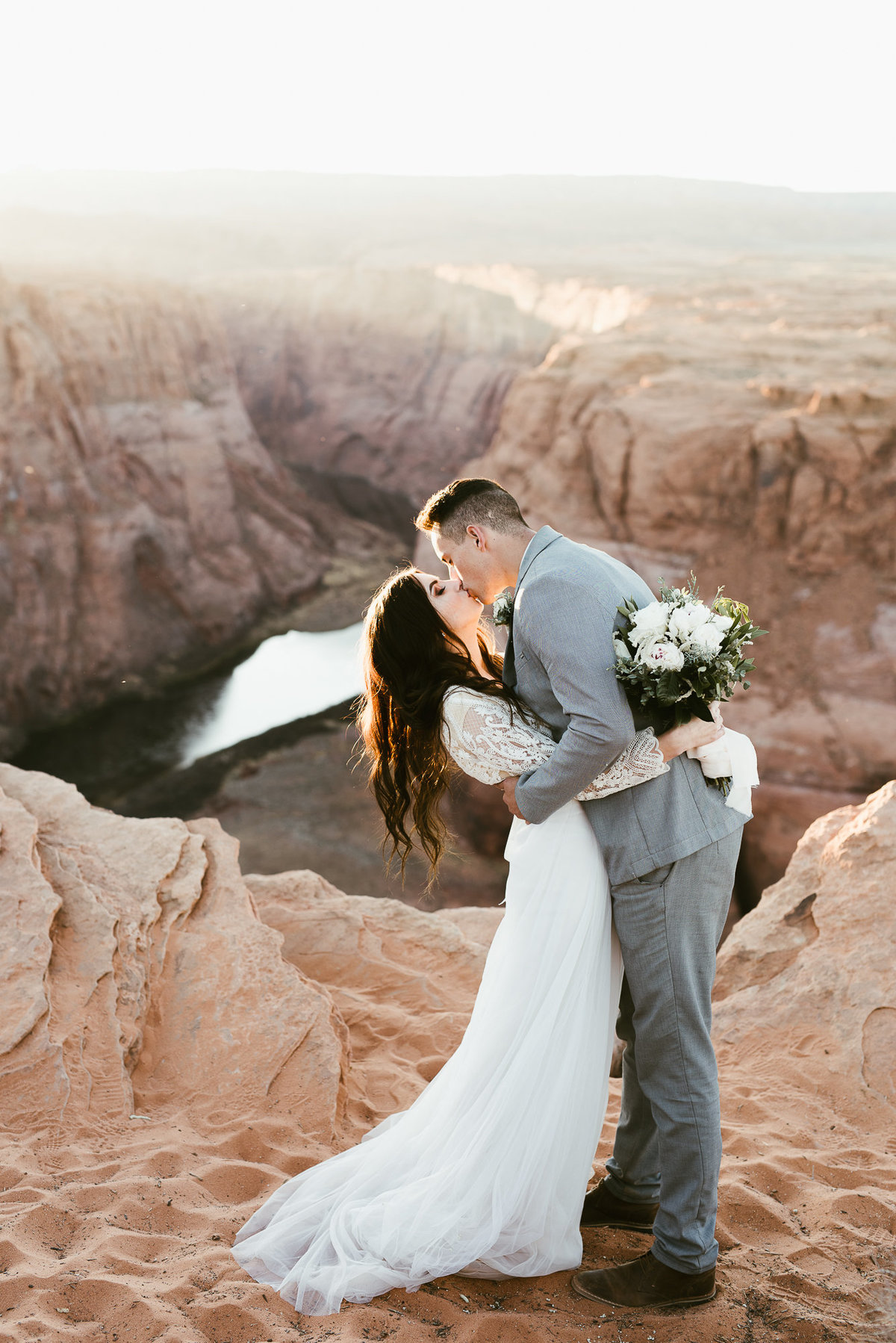elopement-at-horeseshoe-bend-29
