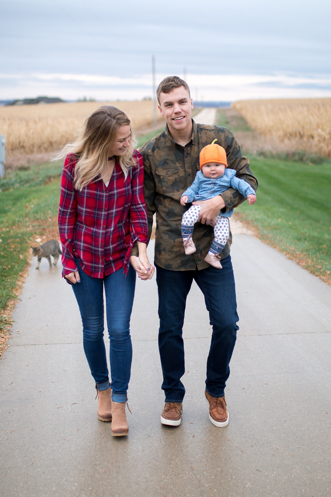 Fall family photography session with young infant