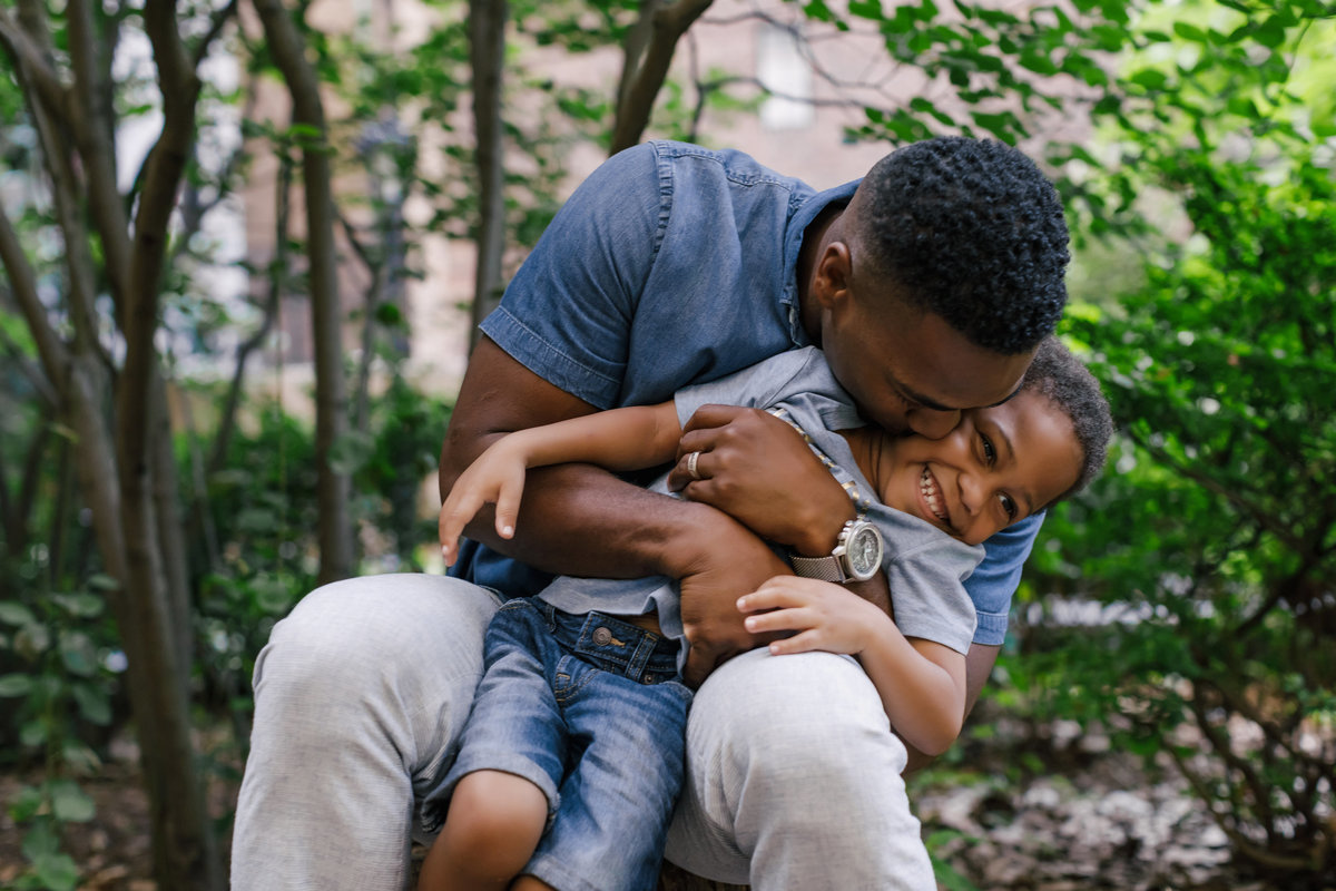 Family_Session_Inspiration_Tudor_City_Gardens_New_York_Amy_Anaiz005