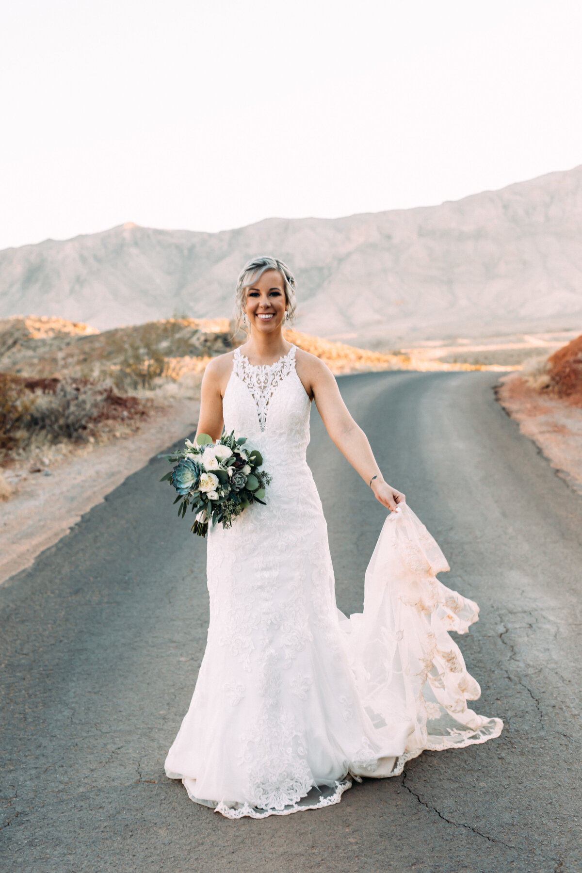 Heather+Ivan|AshlynSavannahPhoto|ValleyofFireElopement-112