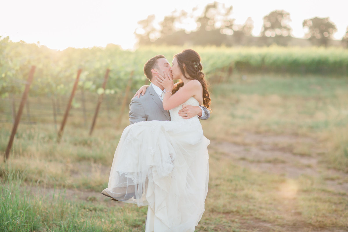 Carissa and Tyler Sneak Peek | California Wedding Photographer | Katie Schoepflin Photography 2018.17