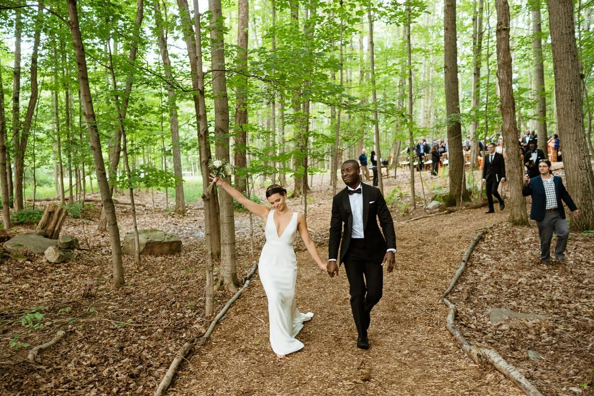 just married bride and groom catskills wedding planner carey institute wedding canvas weddings