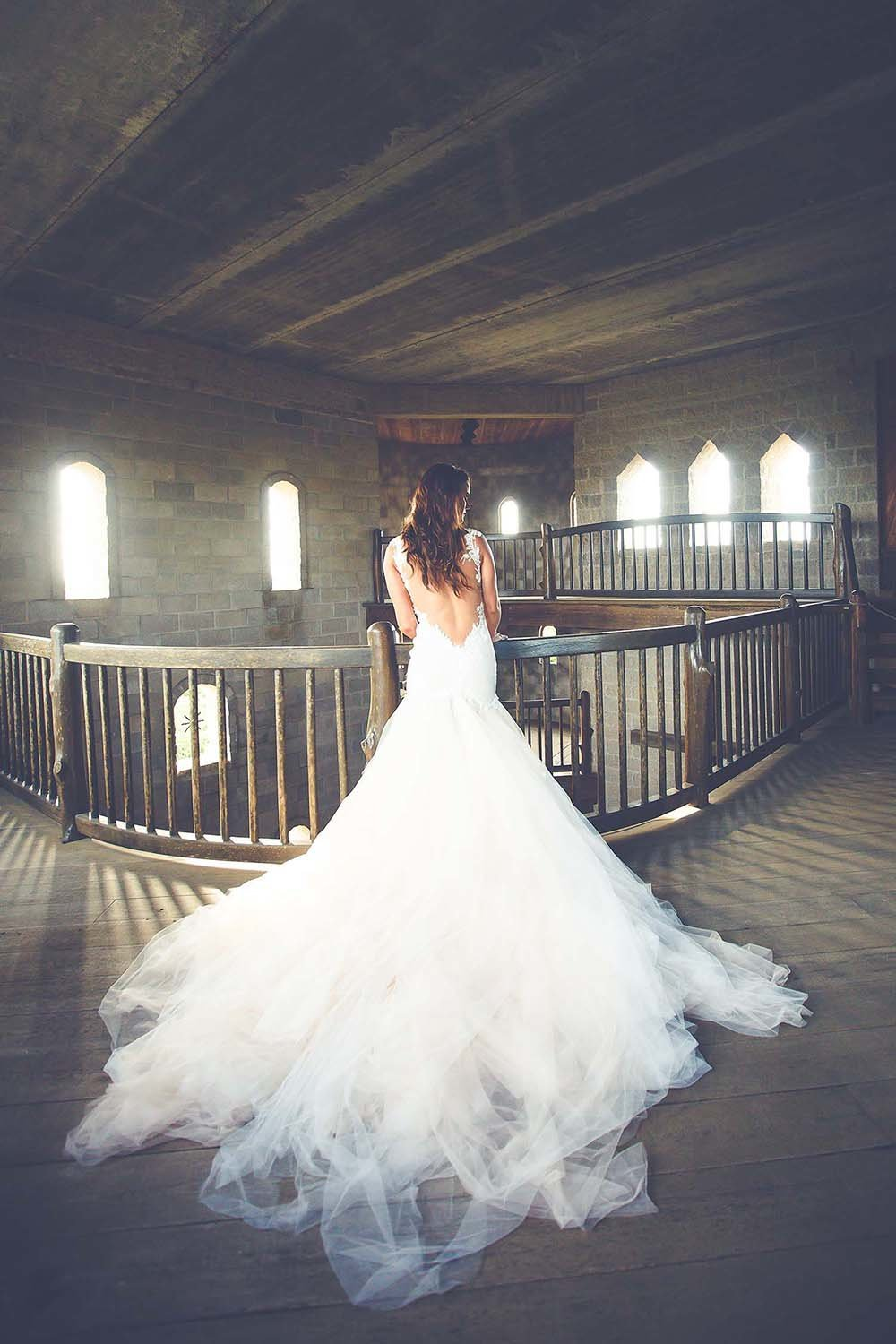 bride-tule-wedding-dress-bridal-portrait-castle-otttis-breaking-tradition-st-augustine