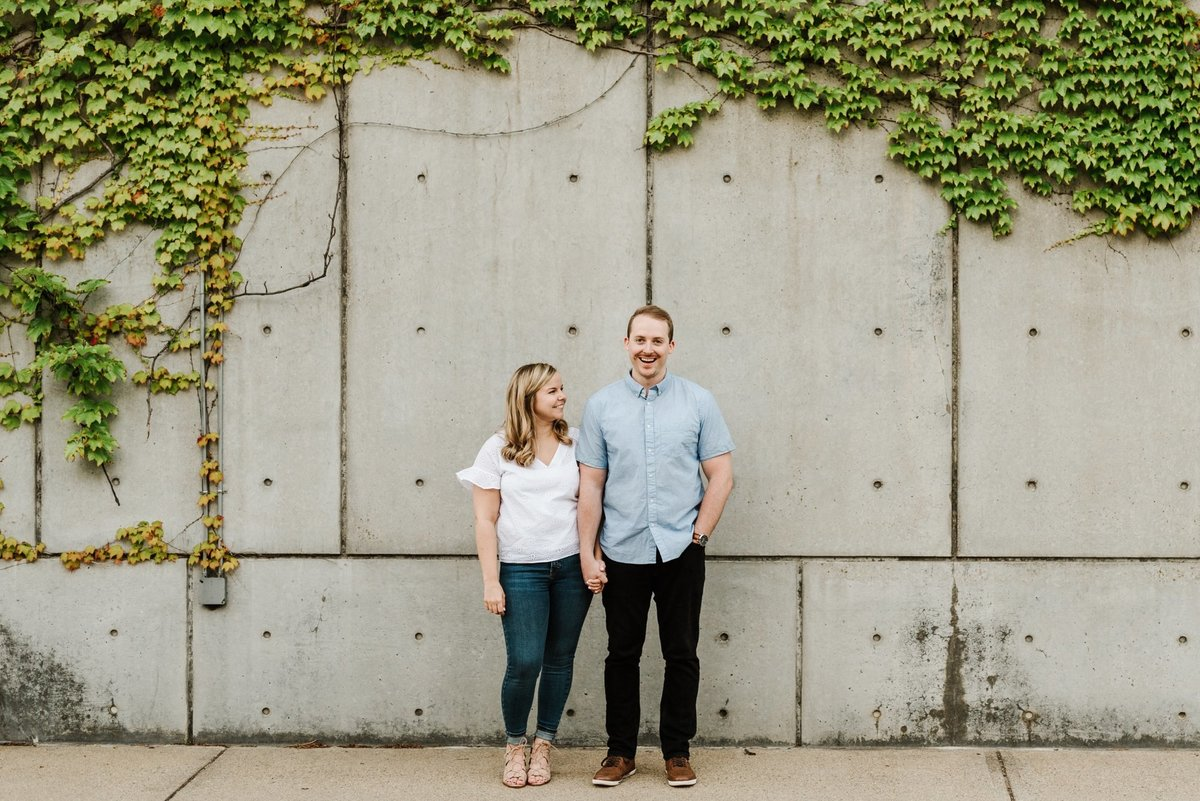 boston-wedding-photographer-charlestown-navy-yard-engagement-photo_0018