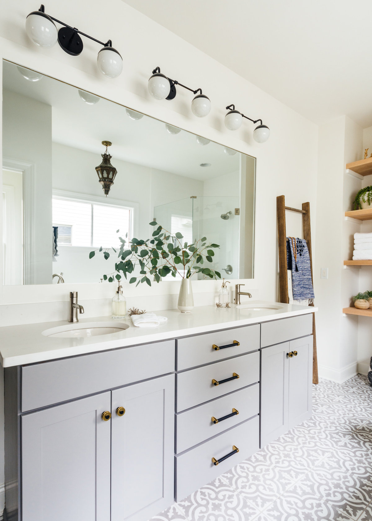 Megan Holt Interiors_Germantown Bathroom_Quinn Ballard Nashville Interior Photographer-396
