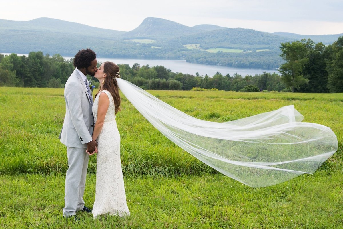 find best Vermont destination wedding photographer