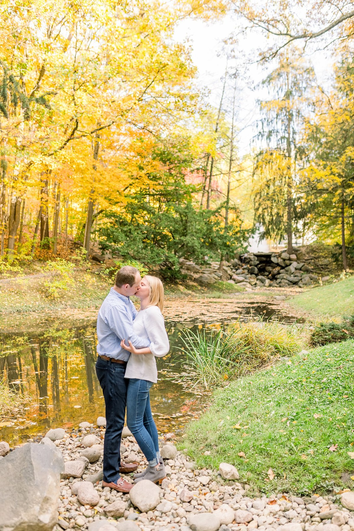 Holcomb Gardens Engagement Session Indianapolis, Indiana Wedding Photographer Alison Mae Photography_3184