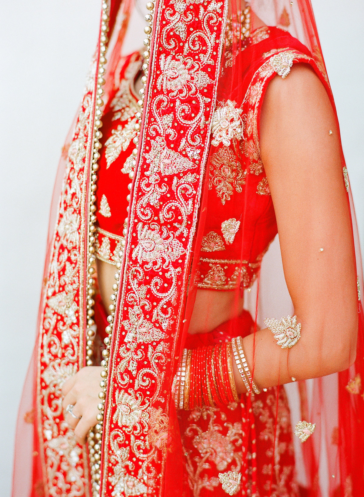 sasha-aneesh-wedding-bride-groom-indian-34