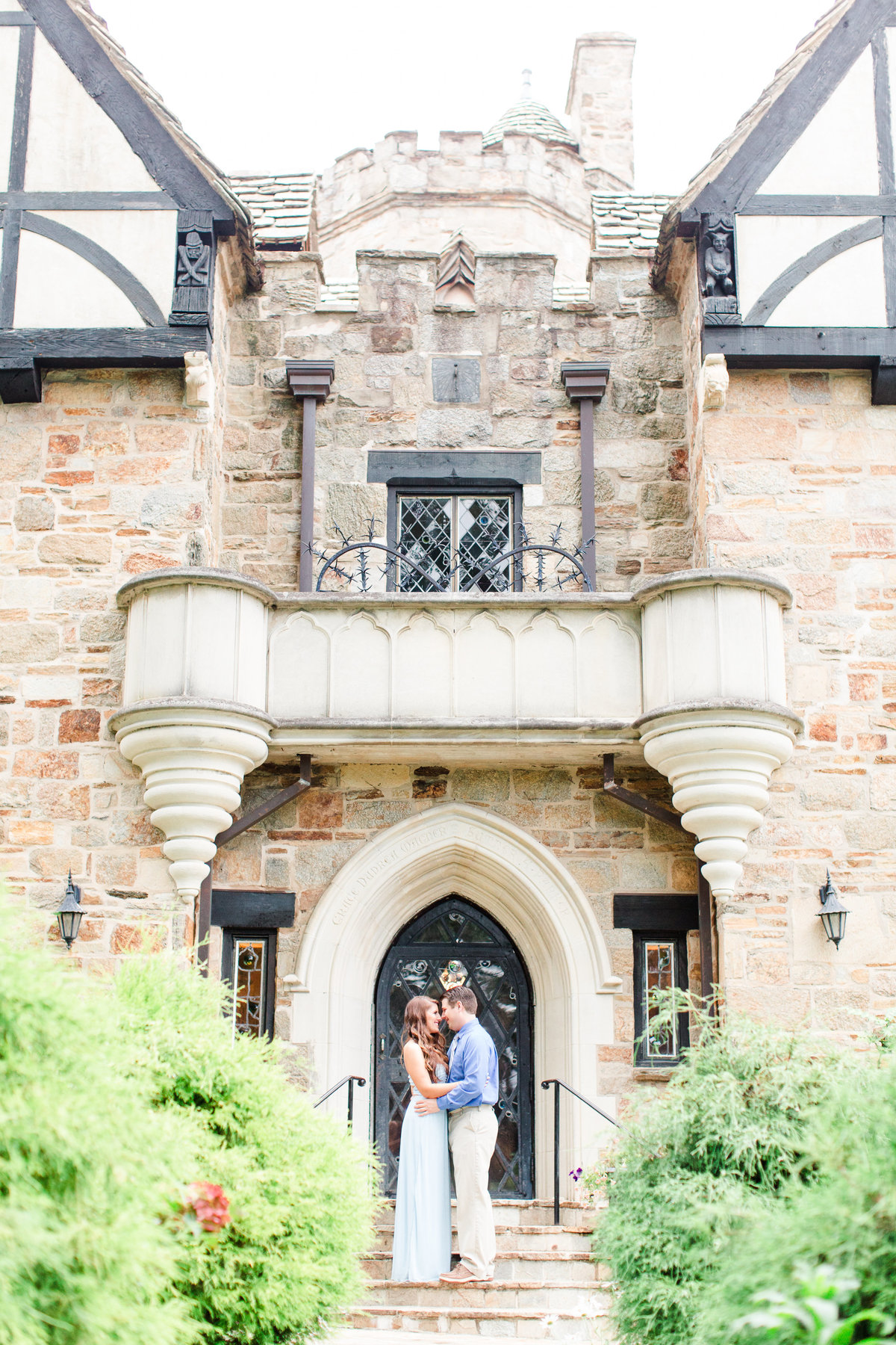 cloisters-castle-lutherville-maryland-engagement-gabby-brian-bethanne-arthur-photography-photos-21
