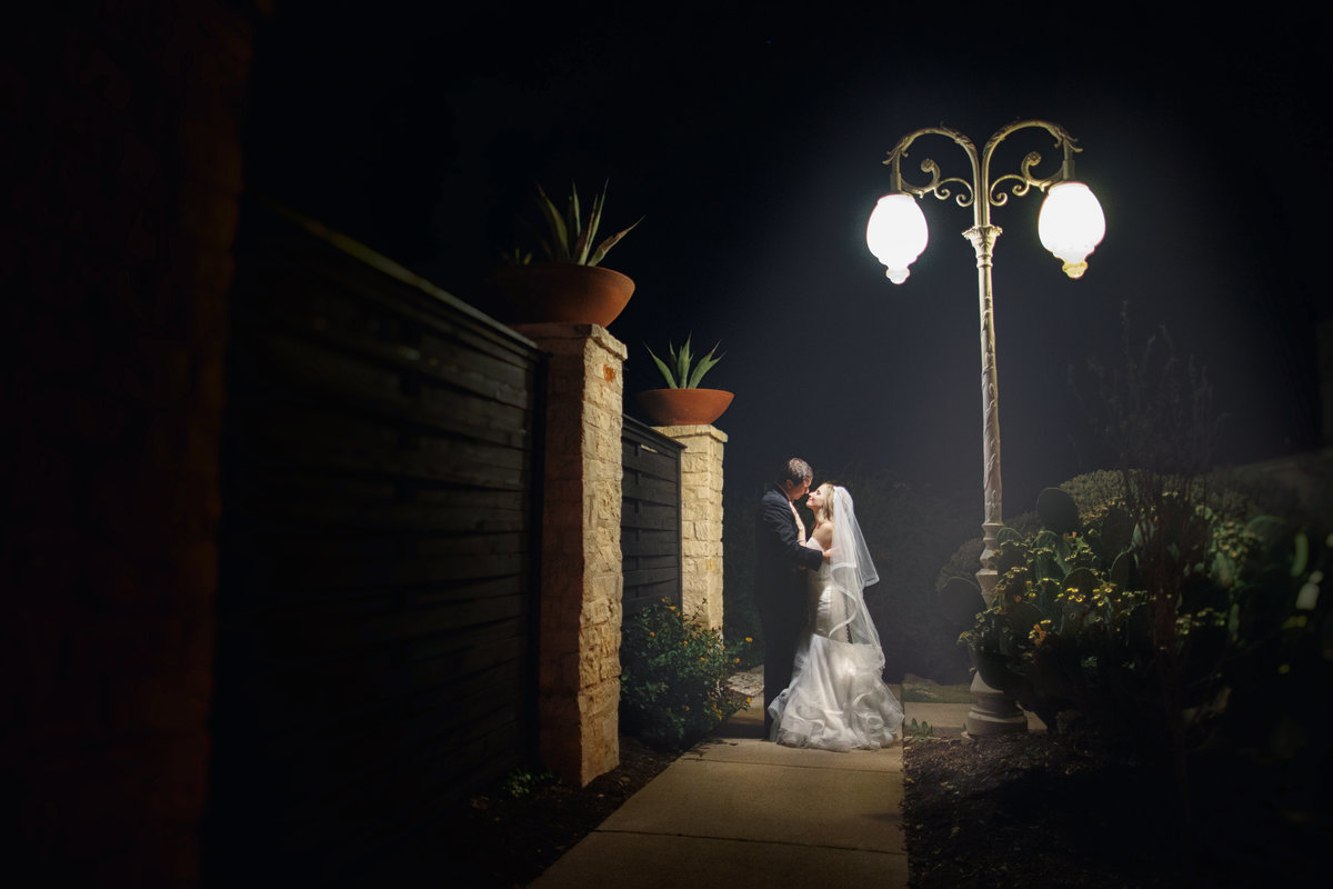 vintage villas wedding photographer bride groom romantic artistic 4209 Eck Ln, Austin, TX 78734